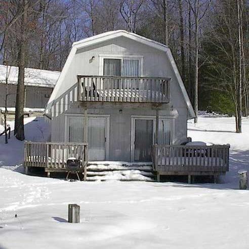 Harper Lake Rental house in winter